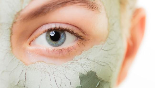 Natural Organic Ways To Get Rid Of Bags Under Eyes