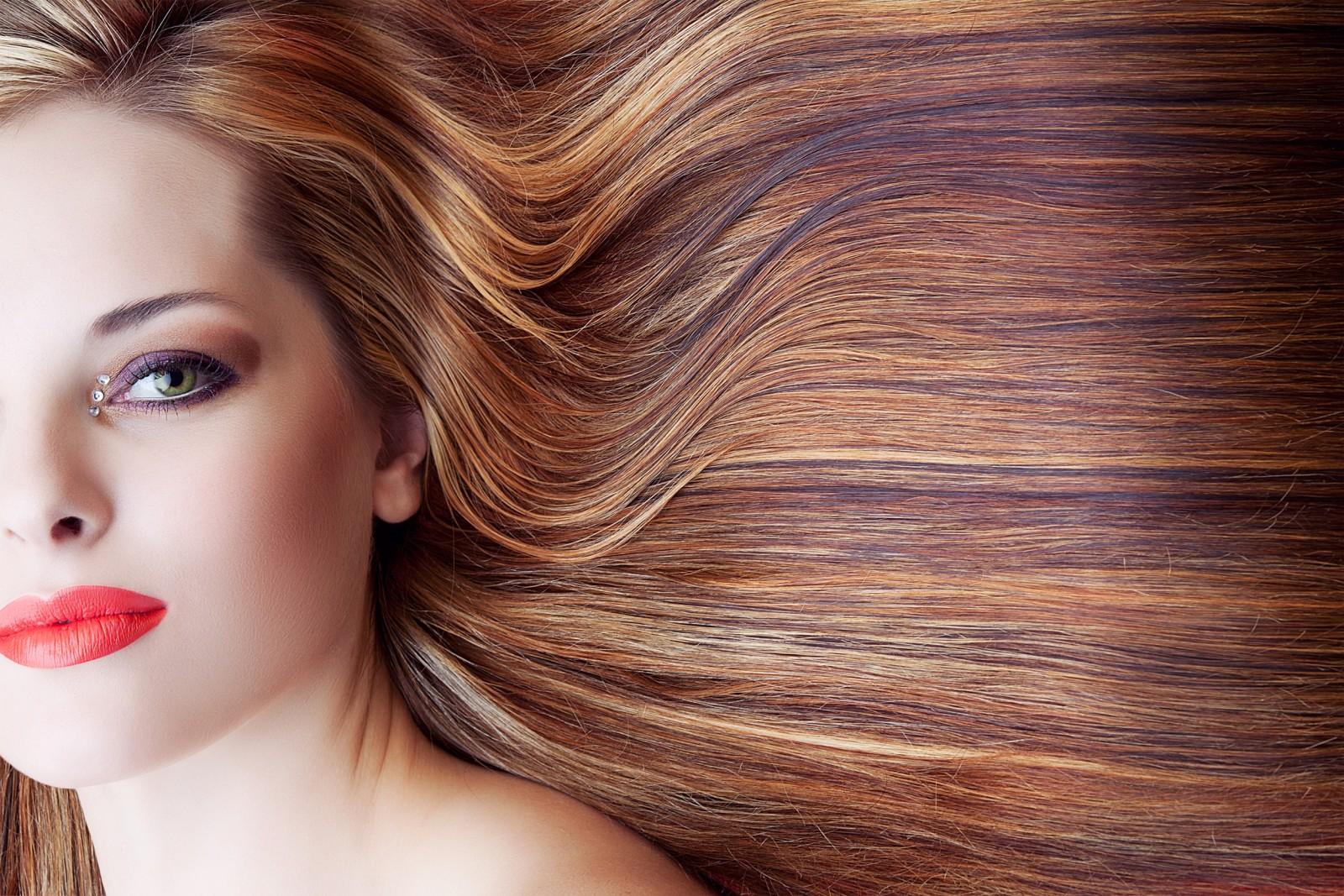 So kaschierst du einen grauen ansatz ohne nachzuf rben gef rbtes haar codecheck - 10 minuten haarfarbe ...