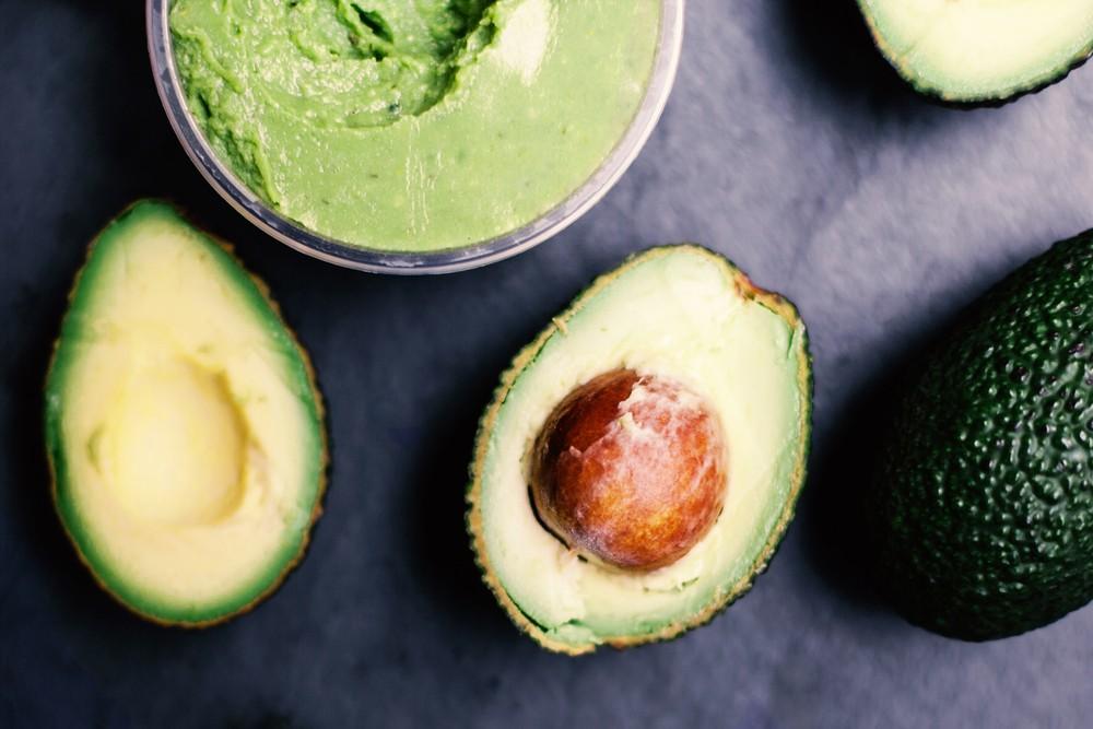 diy mit avocadokernpulver die gesundheit st rken nicht wegwerfen codecheck info. Black Bedroom Furniture Sets. Home Design Ideas
