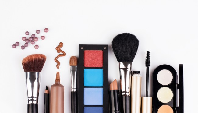 Industry background of cosmetic industry