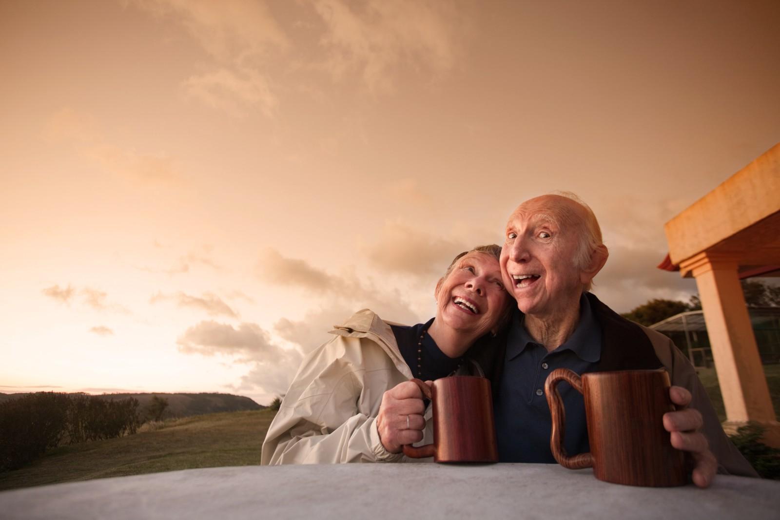 Älteres Paar auf der Webcam R20