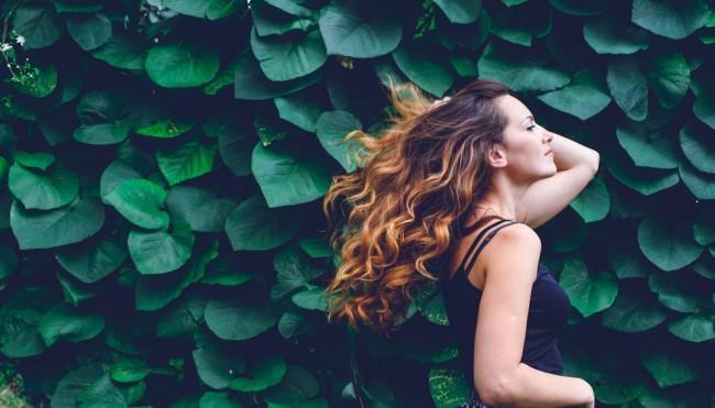 Was Tun Gegen Fettige Haare Natürlich Und Sanft