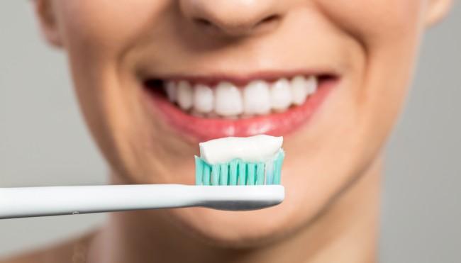 gesunde zahnpflege zu hause und beim zahnarzt tipps codecheck info. Black Bedroom Furniture Sets. Home Design Ideas