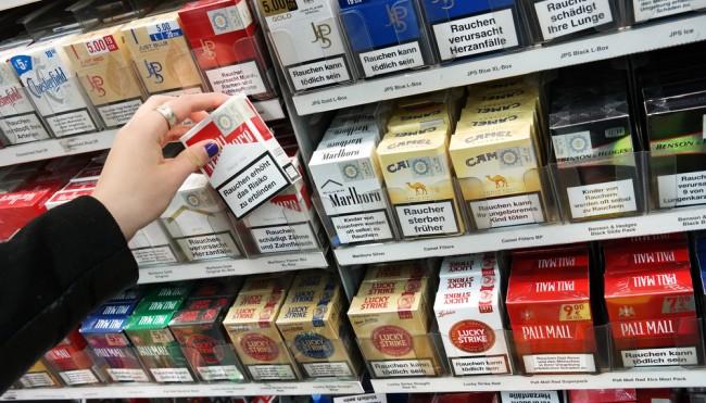 die schockbilder auf zigarettenpackungen kommen neuer bundestagsbeschluss gegen das rauchen. Black Bedroom Furniture Sets. Home Design Ideas